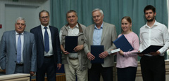 TsAGI awards the winners of the contest for best research