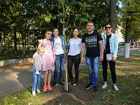 Young specialists of TsAGI's Prospective Development Complex came to participate at the campaign with their children